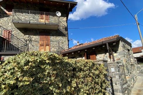 Casa in Sasso Lago Como Dongo
