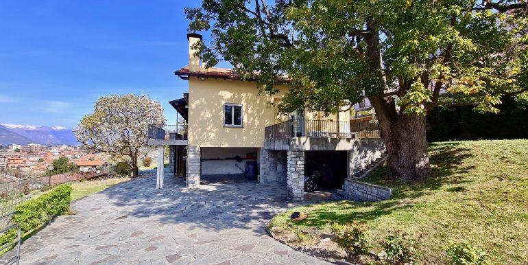 Villa Indipendente Mandello del Lario Vista Lago Como  - esterno