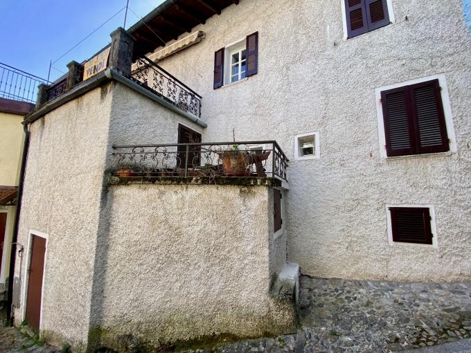 Lago Como Gera Lario Casa con Balcone - esterno