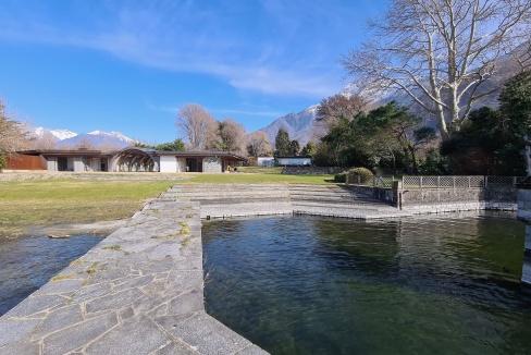 Ville Fronte Lago Como Colico con Darsena