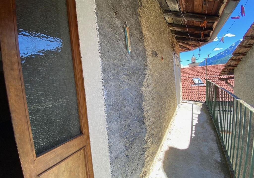 Lago Como Musso Casa con Balcone