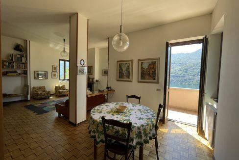 Carate Urio Bellissimo Appartamento con Stupenda Vista Lago (13)