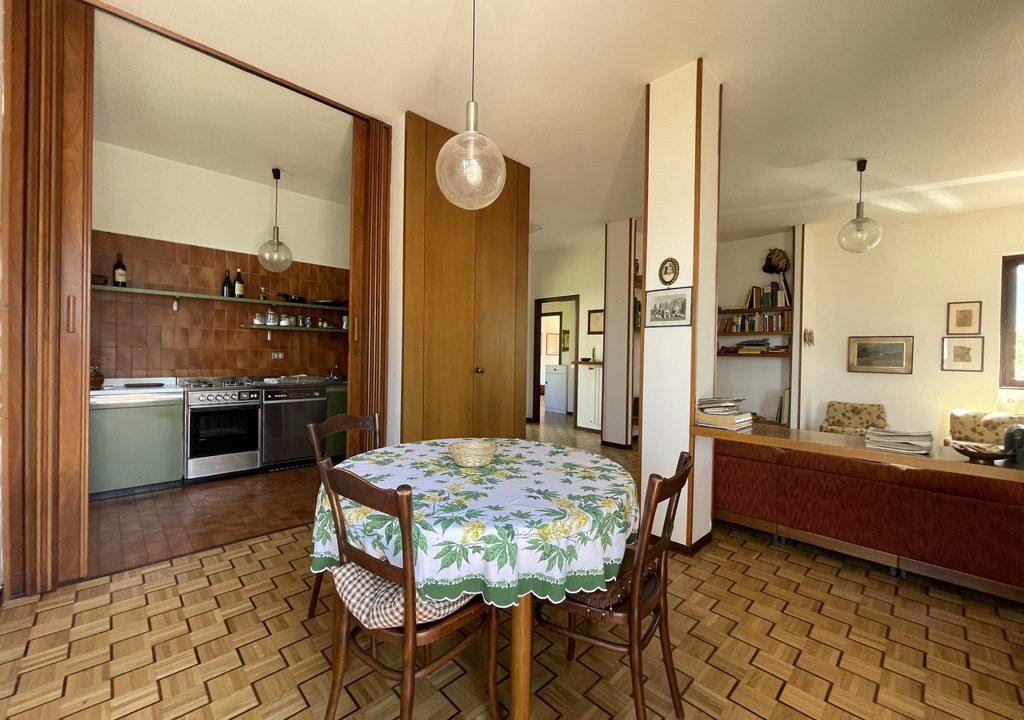 Carate Urio Bellissimo Appartamento con Stupenda Vista Lago (14)