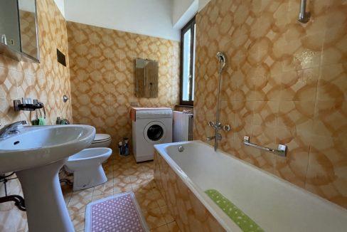 Carate Urio Bellissimo Appartamento con Stupenda Vista Lago (20)
