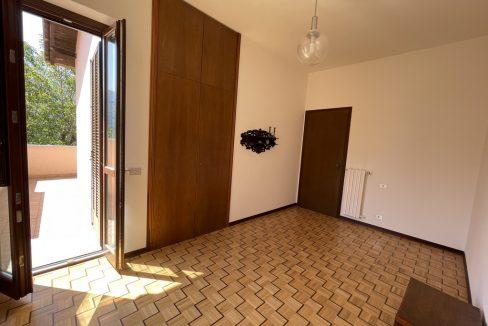 Carate Urio Bellissimo Appartamento con Stupenda Vista Lago (22)