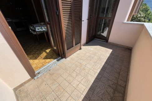Carate Urio Bellissimo Appartamento con Stupenda Vista Lago (26)