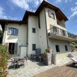 Bellissima Villa Indipendente con Giardino, Piscina e Vista Lago - facciata