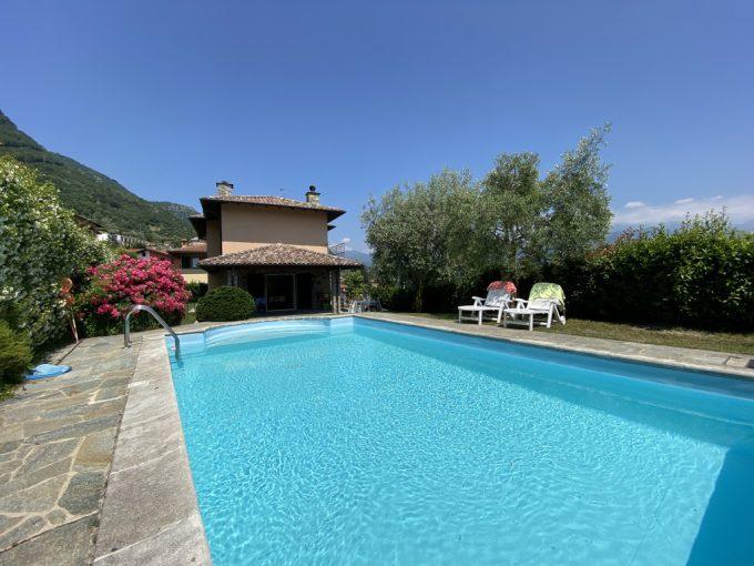 Mezzegra Fantastica Villa con Giardino, Balcone e Piscina - piscina