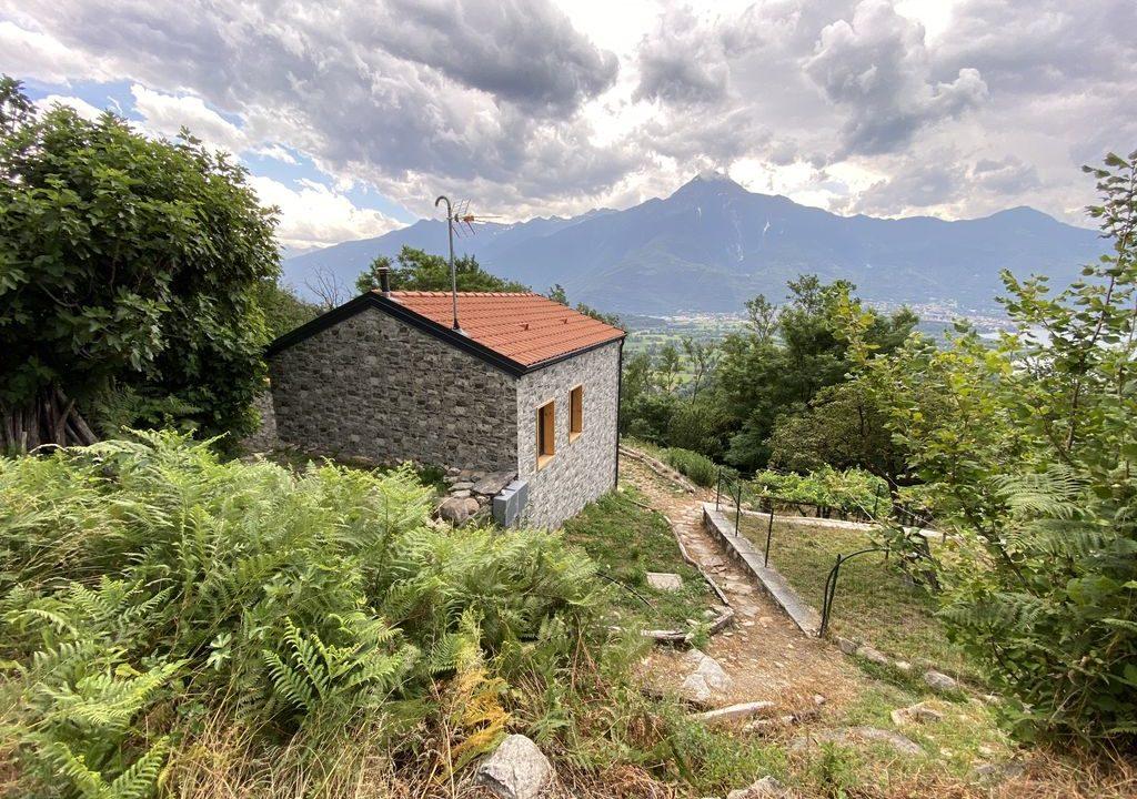 Lago Como Rustici Ristrutturati Sorico