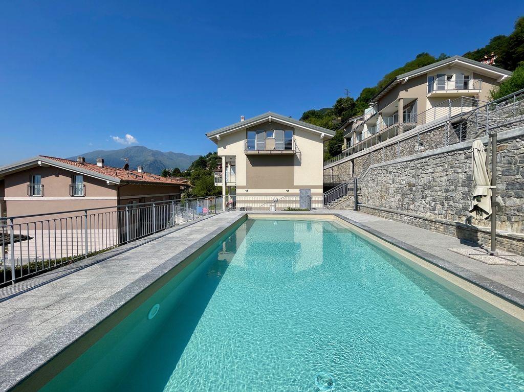 Appartamenti Domaso Lago Como Residence con Piscina