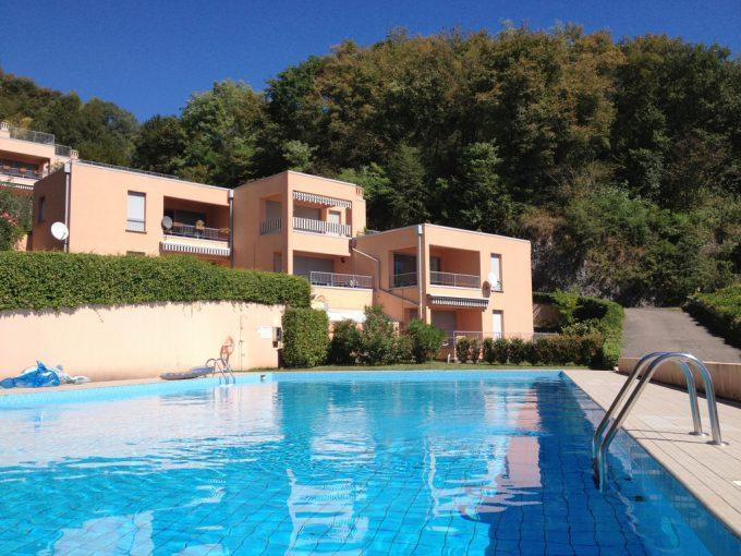 Lago Como San Siro Appartamento con terrazza, vista lago e piscina - facciata