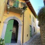 Lago Como Ossuccio Casa con Giardino e Terrazzo - facciata
