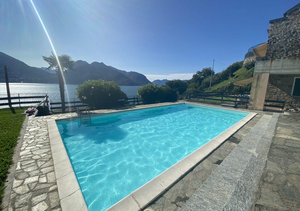 Lago Como San Siro Appartamento con Piscina, Terrazza e Vista Lago