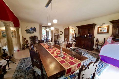 Lago Como VILLA con Piscina e Giardino Colico - dining room